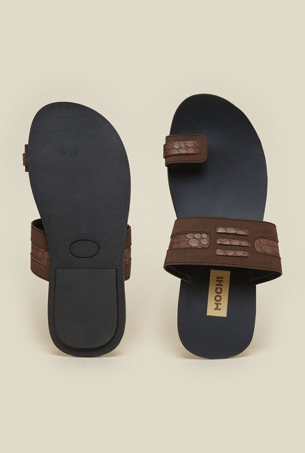 Mochi Brown Toe Ring Sandals