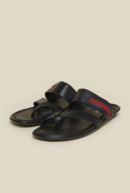 Mochi Black Cross Strap Sandals