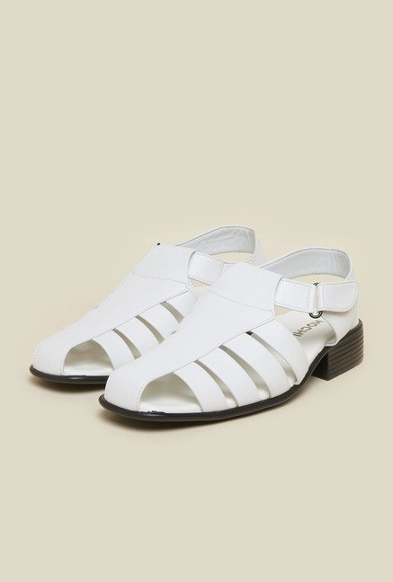 Mochi White Fisherman Casual Sandals