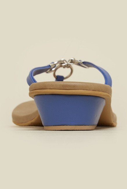Mochi Blue Block Heel Thongs