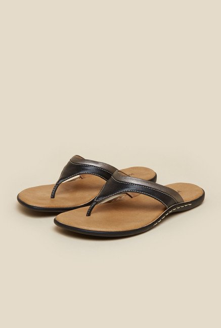 Mochi Black Flat Thongs