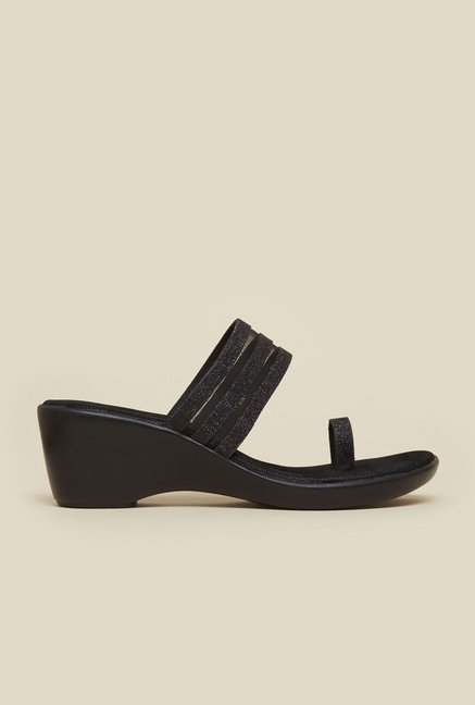 Mochi Black Platform Heel Wedges