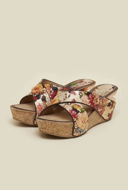 Mochi Multicolor Platform Sandals