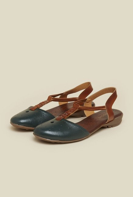 Mochi Hunter Green Flat Sandals