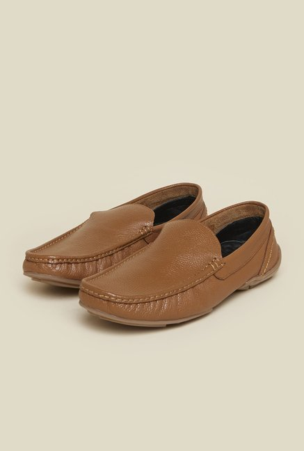 Mochi Tan Leather Moccasins