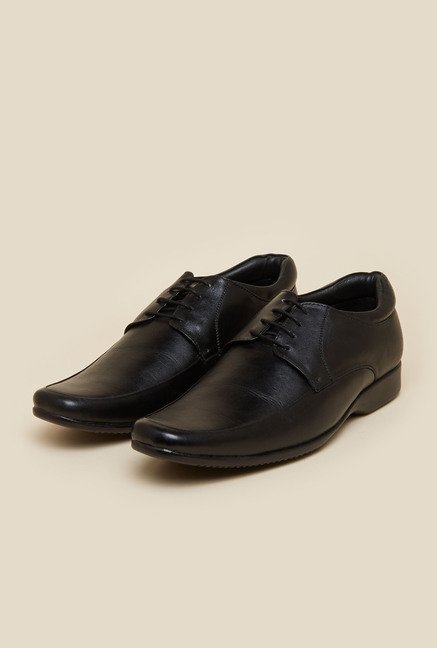 Mochi Black Leather Shoes