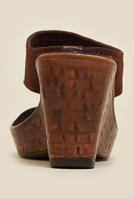 Mochi Brown Wedge Heel Sandals
