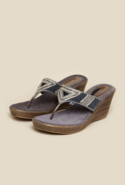 Mochi Gun Metal Ethnic Sandals