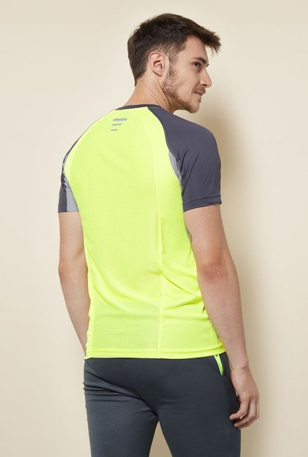 Lotto Lime Green Solid Sports T Shirt