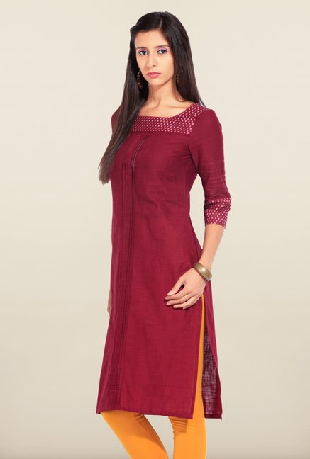 W Maroon Solid Cotton Kurta