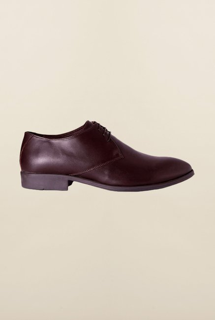 Van Heusen Maroon Derby Shoes