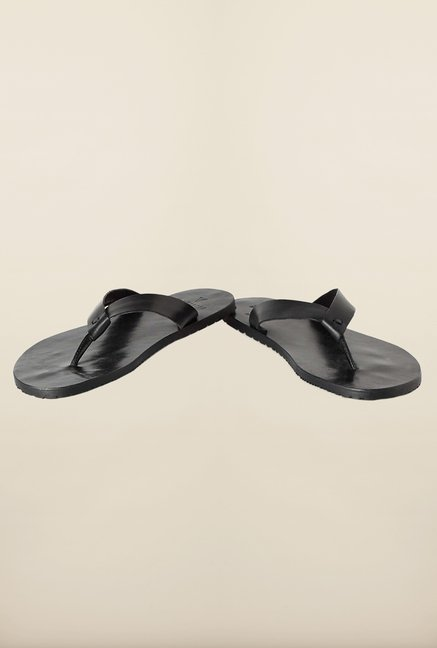 Van Heusen Black Slippers