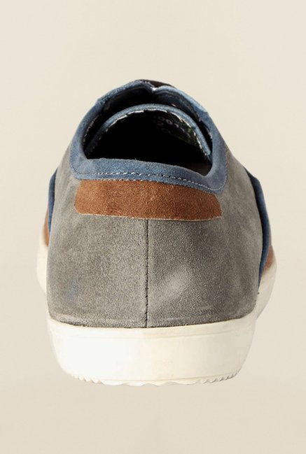 Van Heusen Brown & Blue Sneakers