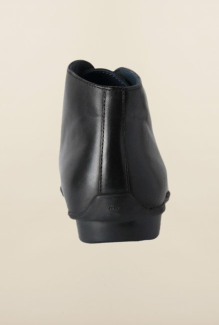 Louis Philippe Black Chukka Boots