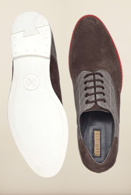 Van Heusen Brown Sneakers