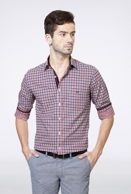 Van Heusen Red & Blue Checks Casual Shirt