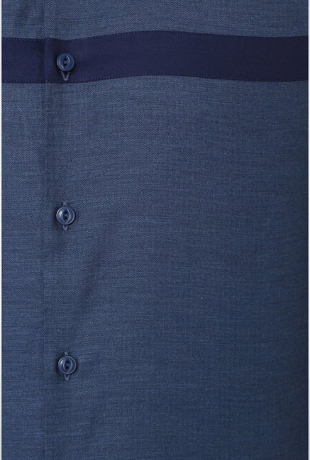 Van Heusen Blue Solid Casual Shirt
