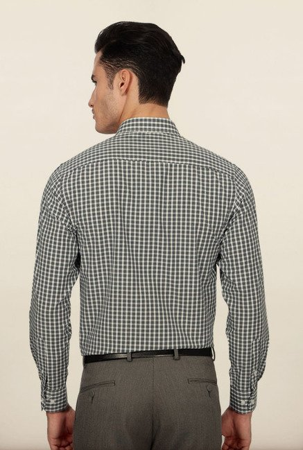 Peter England White & Black Checks Formal Shirt
