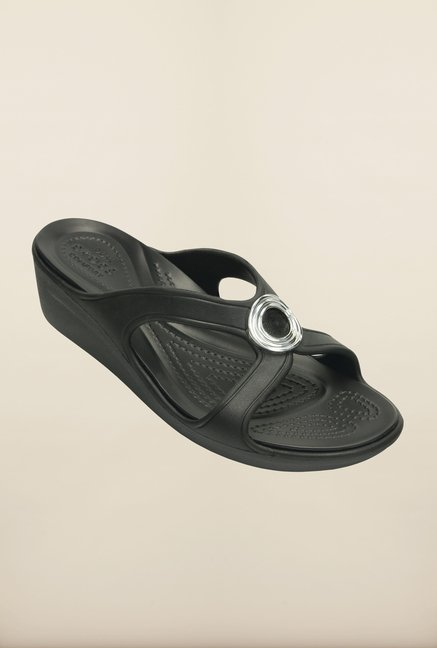 Crocs Sanrah Beveled Circle Black Wedges