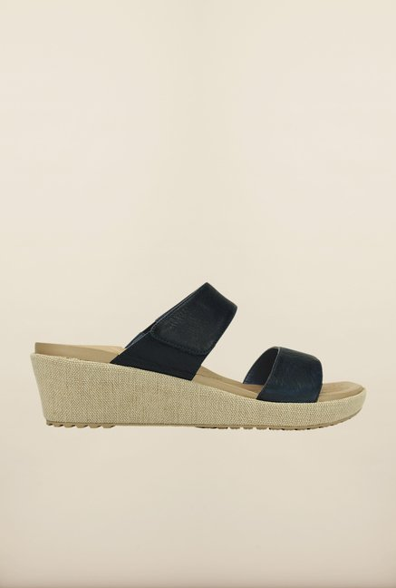 Crocs Leigh II Nautical Navy Wedges