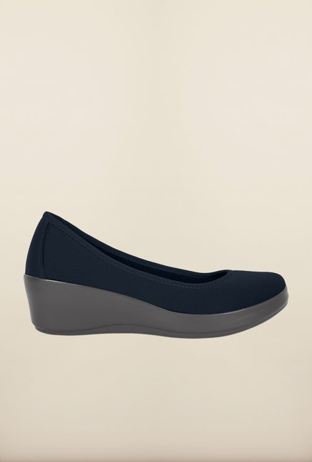 Crocs Stretch Ballet Navy & Smoke Pumps