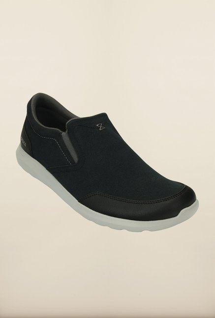 Crocs Kinsale Black & White Casual Slip-Ons