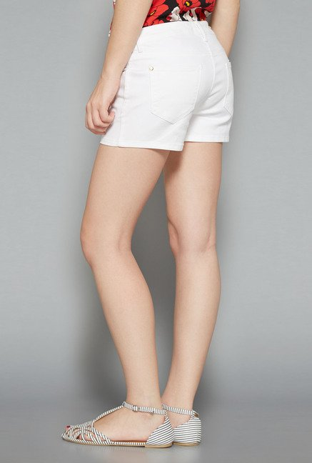 Nuon White Solid Shorts