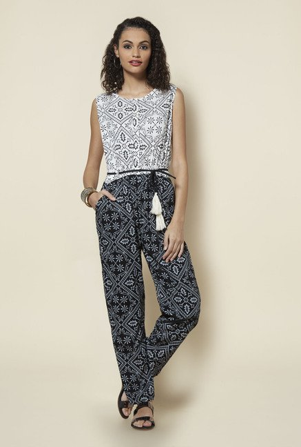Zudio Off White Printed Jumpsuit