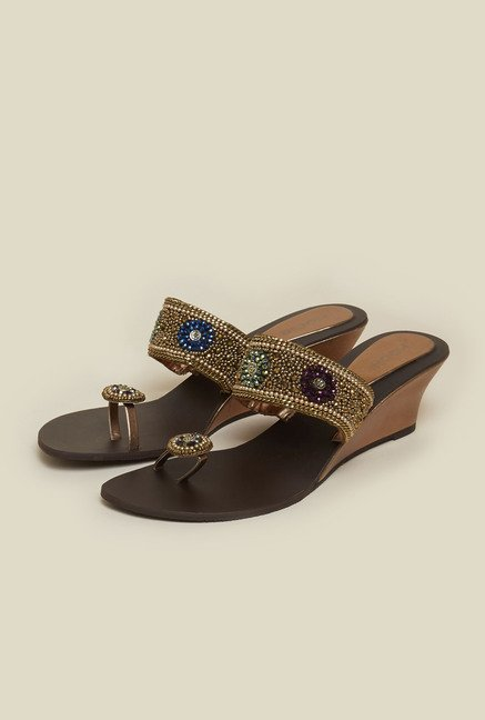 Mochi Antique Gold Toe Ring Wedges