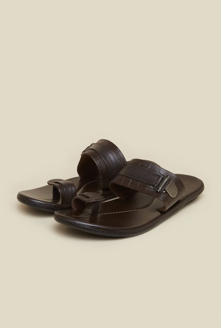 Mochi Brown Toe Ring Leather Sandals