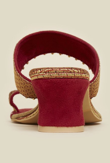 Mochi Maroon Toe Ring Ethnic Sandals