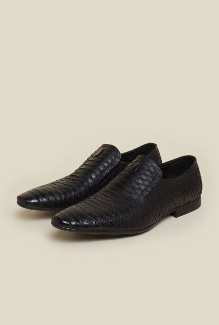 Mochi Black Leather Casual Shoes