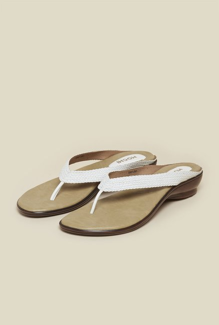 Mochi White Flat Thongs