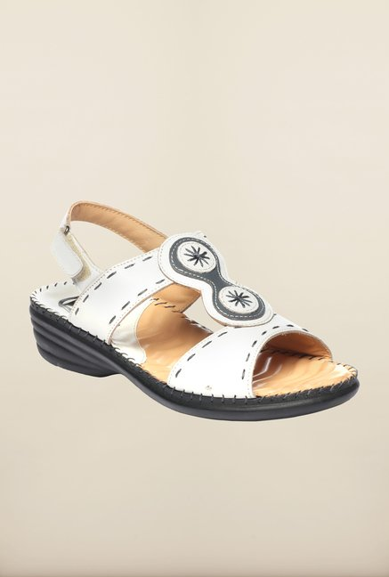 Pavers England White Wedges