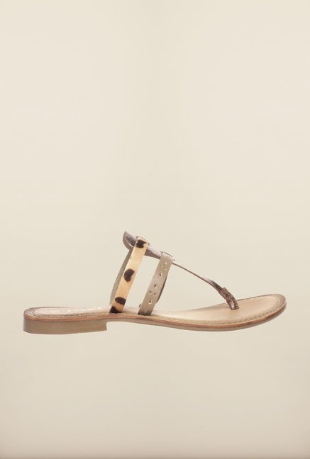 Pavers England Golden Flat Thongs