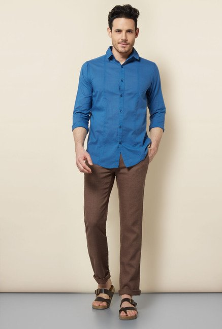 Cottonworld Blue Solid Casual Shirt