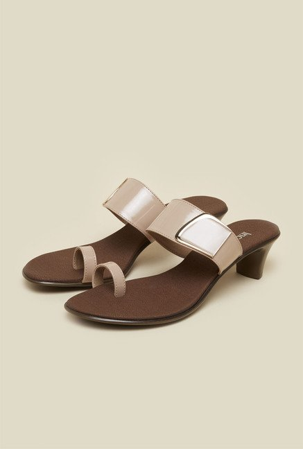 Inc.5 Beige Toe Ring Sandals