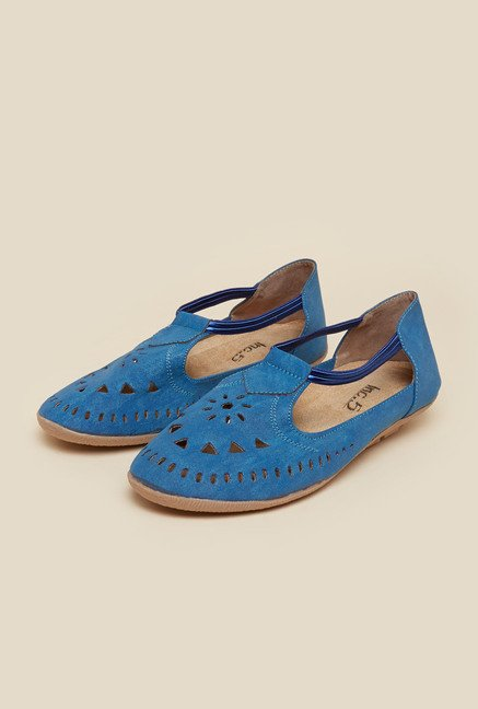Inc.5 Blue Huarache Flat Sandals