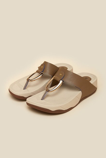 Inc.5 Chikoo Flat Thongs