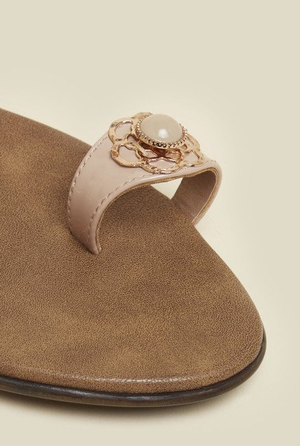 Inc.5 Beige Pearl Block Heel Sandals