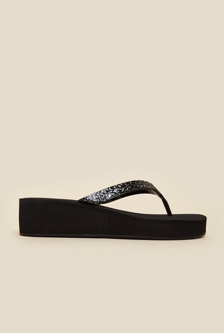 Inc.5 Black Wedge Thongs
