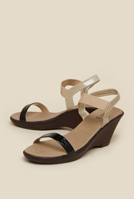 Zudio Beige & Black Back Strap Wedges