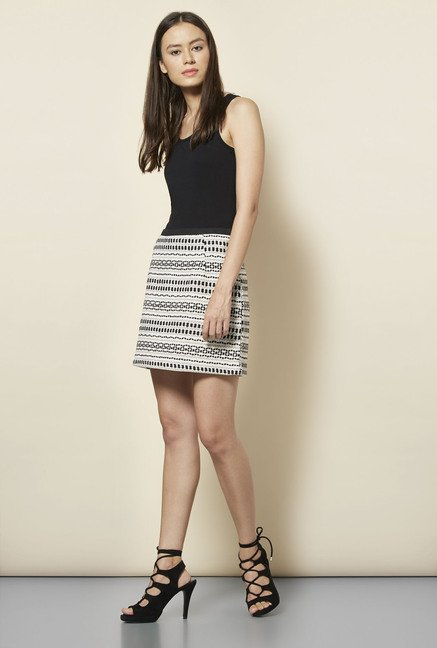 New Look White & Black Aztec Print Mini Skirt