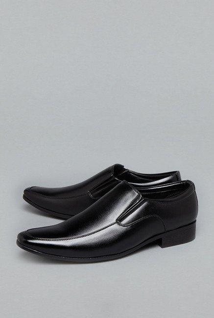 Azzurro Black Slip-On Shoes