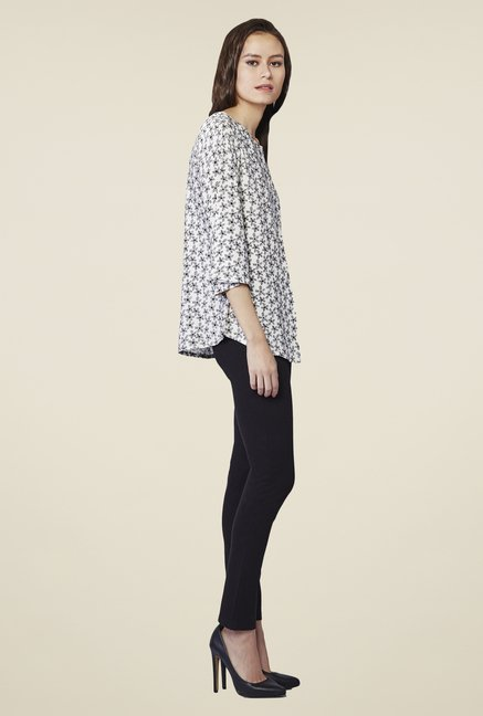 AND White Daisy Printed Shirt Top