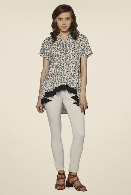 AND White Printed Top