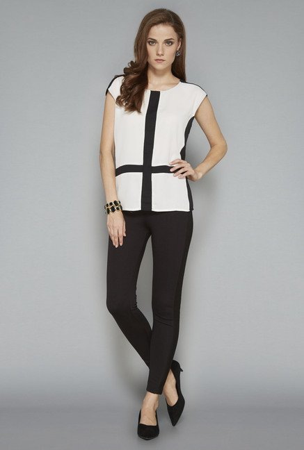 Wardrobe Black Solid Blouse