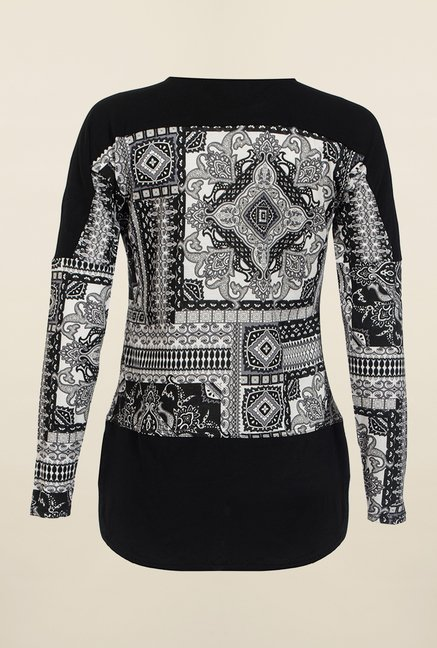 Quiz Black & White Printed Top