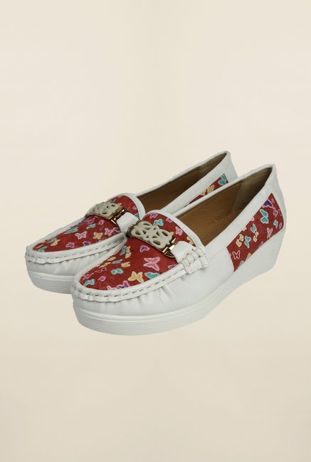 Cobblerz White & Red Casual Moccasins
