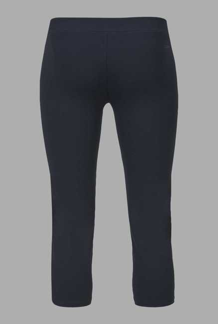 Doone Navy Training Capri